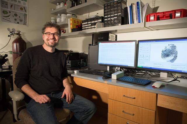 Dr. Bjoern Ludwar, who developed MATLAB algorithms to quantify fingerprint asymmetry.