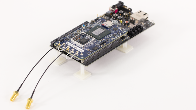 Zynq SDR Support from Communications Toolbox - Hardware