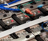 battery simulation array